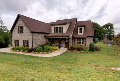 7314 Magnolia Valley Dr Eagleville TN 37060