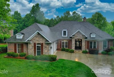 6723 Fox Ridge Circle Davidson NC 28036