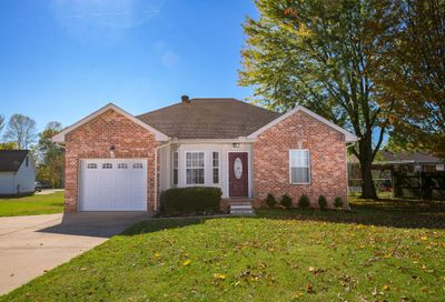 2010 Patricia Dr Greenbrier TN 37073