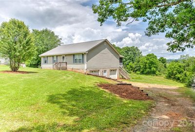 129 Tipton Hill Road Leicester NC 28748