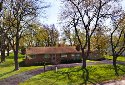 6807 S Quincy Street Willowbrook IL 60527