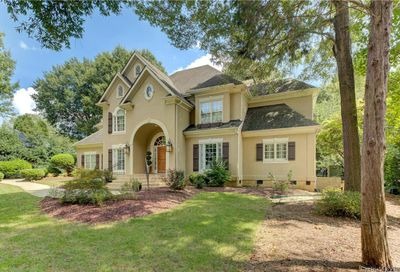6131 Providence Country Club Drive Charlotte NC 28277