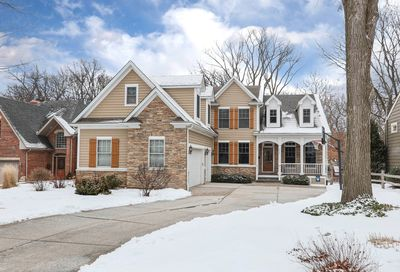 4725 Lee Avenue Downers Grove IL 60515