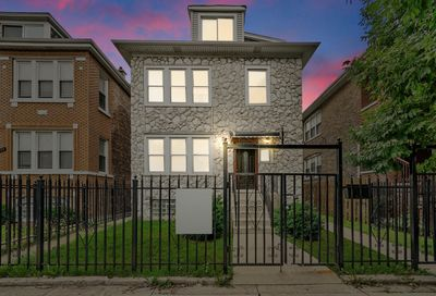 7135 S Rockwell Street Chicago IL 60629