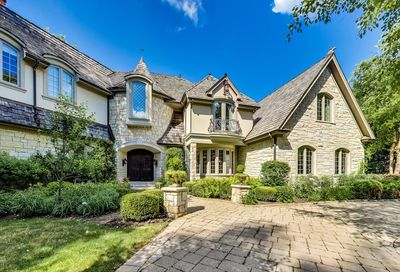 360 Belle Foret Drive Lake Bluff IL 60044