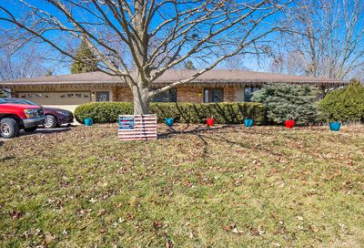 1195 Lady Bird Drive Lake Holiday IL 60552