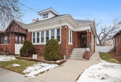9821 S Seeley Avenue Chicago IL 60638