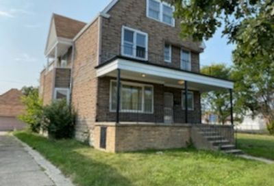 9206 S Phillips Avenue Chicago IL 60617