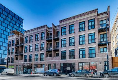 210 N Halsted Street Chicago IL 60661