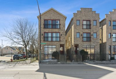 7501 W Irving Park Road Chicago IL 60634