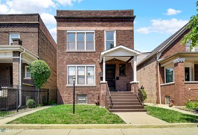 7744 S May Street Chicago IL 60620