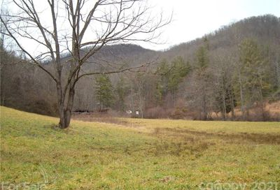 79 Rambling Road Cullowhee NC 28723