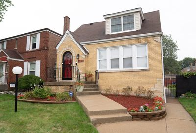 8743 S Kenwood Avenue Chicago IL 60619