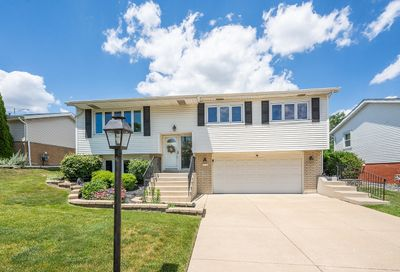 8930 Barberry Lane Hickory Hills IL 60457