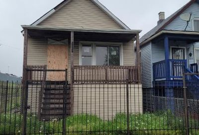 324 W 52nd Place Chicago IL 60609