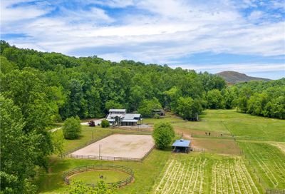 5521 Hunting Country Road Tryon NC 28782