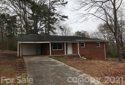 104 Wilkins Street Forest City NC 28043