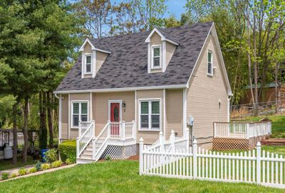 2 Williamsburg Place Asheville NC 28803