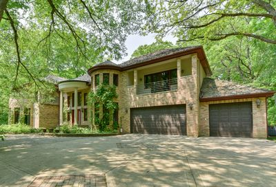 3200 Blackthorn Road Riverwoods IL 60015