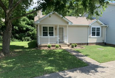 6 Rolling Meadows Dr Goodlettsville TN 37072
