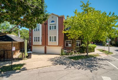 1902 N Kenmore Avenue Chicago IL 60614