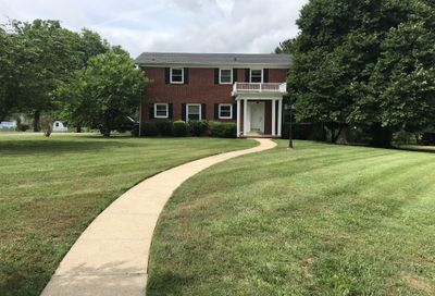 201 Woodmont Dr Shelbyville TN 37160