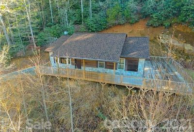 2126 Little Buck Creek Road Marion NC 28752
