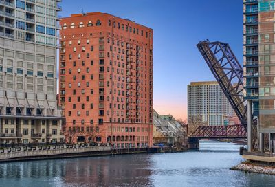 345 N Canal Street Chicago IL 60606