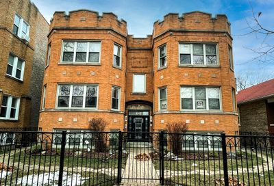 5330 N Sawyer Avenue Chicago IL 60625