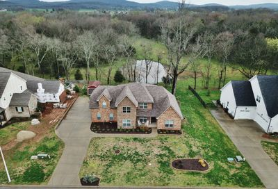 228 Old Orchard Dr Lascassas TN 37085