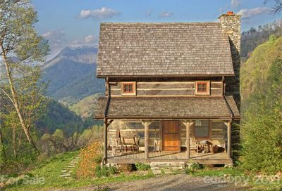 338 Old Cabin Trail Hot Springs NC 28743