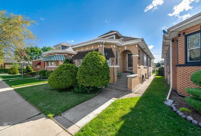4609 S Karlov Avenue Chicago IL 60632