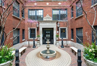 444 W Roslyn Place Chicago IL 60614