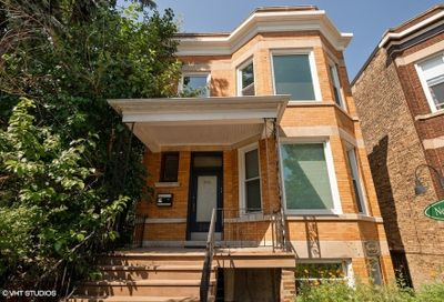2040 W Irving Park Road Chicago IL 60618