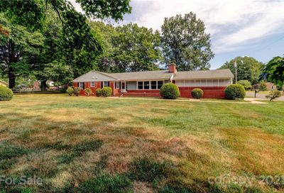 303 W Old Post Road Cherryville NC 28021
