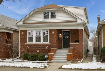 3629 N Linder Avenue Chicago IL 60641