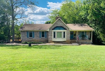 1111 Countrywood Dr Hendersonville TN 37075