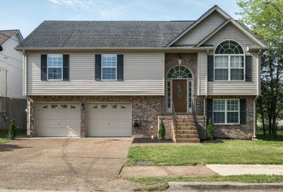 2013 Whitney Creek Dr Antioch TN 37013