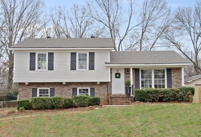 6923 Thorncliff Drive Charlotte NC 28210