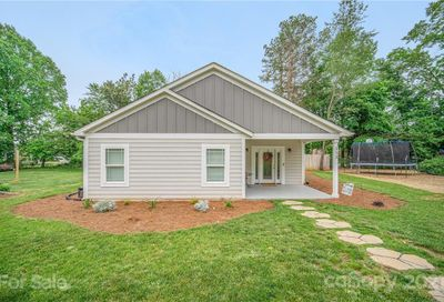 113 Mainview Drive Mooresville NC 28117