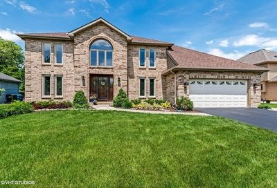 650 Red Maple Lane Roselle IL 60172