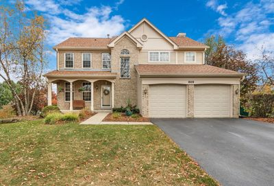 809 Dunhill Court Gurnee IL 60031