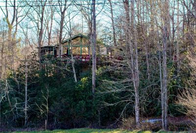 721 Old Fort Road Fairview NC 28730