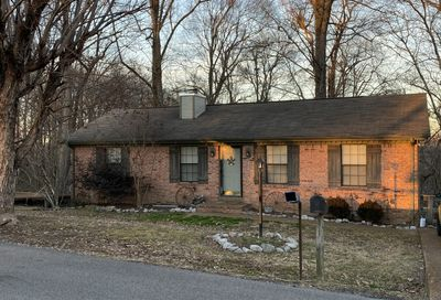 1819 Winding Way Dr White House TN 37188