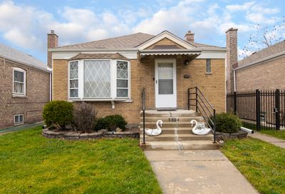 5004 S Kenneth Avenue Chicago IL 60632