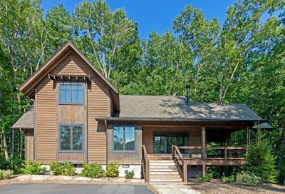 4140 Lake Forest Drive Tuckasegee NC 28783