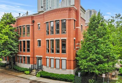 446 N Canal Street Chicago IL 60654