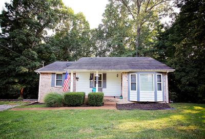 1832 Winding Way Dr White House TN 37188