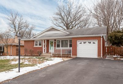 4902 Pershing Avenue Downers Grove IL 60515