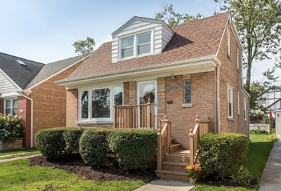 7342 N Odell Avenue Chicago IL 60631